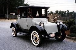 1913 Detroit Electric