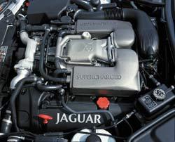 2003 Jaguar XKR engine