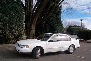 1992 Nissan Maxima SE