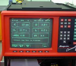 Snap-On four gas analyzer