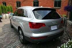 Those who prefer all-wheel drive for winter can switch to a vehicle such as the Audi Q7