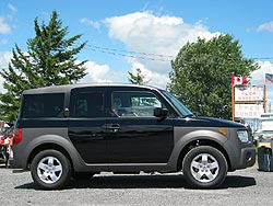 2004 Honda Element; photo by Paul Williams