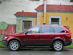 Test Drive: 2004 Volvo XC90 2.5T volvo car test drives