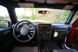2007 Jeep Wrangler Sahara 2dr 4x4