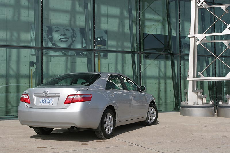 Used Vehicle Review: Toyota Camry, 2007 2011 auto articles
