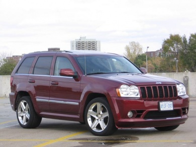 used vehicle review jeep grand cherokee 2005 2010. Black Bedroom Furniture Sets. Home Design Ideas