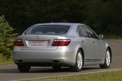First Drive: 2007 Lexus LS460 luxury cars lexus first drives