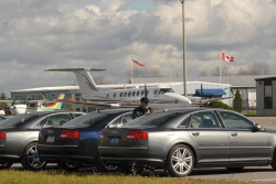 Put wings on these Audi S8s and they'd probably fly, too