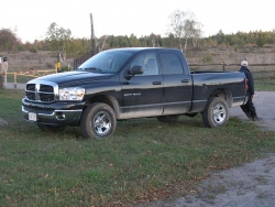 2007 Dodge Ram 1500 ST Quad Cab 4X4  trucks