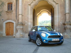 First Drive: 2007 Mini Cooper/Cooper S mini first drives