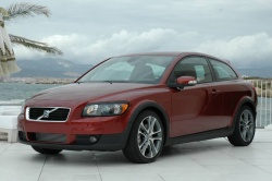 First Drive: 2007 Volvo C30 volvo luxury cars first drives