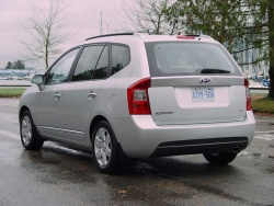 First Drive: 2007 Kia Rondo kia first drives