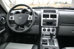 Used Vehicle Review Dodge Nitro 2007 2011 Autos Ca