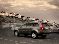 Test Drive: 2007 Volvo XC90 V8 volvo car test drives luxury cars