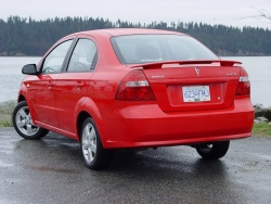 2007 Pontiac Wave SE sedan