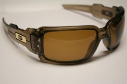 oakley oil can sunglasses have optical lenses