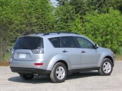 Used Vehicle Review: Mitsubishi Outlander, 2007 2012 mitsubishi