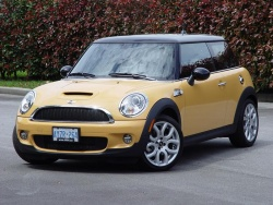 2007 Mini Cooper S; photo by Greg Wilson