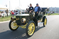 1905 Stanley Steamer owned by Ron Fawcett of Whitby, Ontario