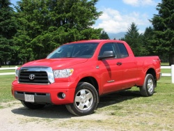 test drive 2007 toyota tundra double cab sr5 4x4. Black Bedroom Furniture Sets. Home Design Ideas