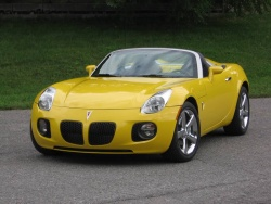 Used Vehicle Review Pontiac Solstice Saturn Sky 2006 2009 Page 2 Of 2 Autos Ca Page 2