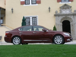 2007 Lexus LS 460/460L first drives