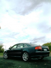 First Drive: 2007 Audi S8 luxury cars first drives audi
