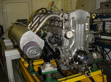 A new British engine technology has undergone formal evaluation tests, which showed a 19.8 per cent improvement in fuel economy over a comparable, conventional gasoline engine.