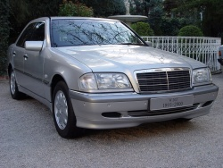 The first-generation C-Class sedan, (1992-2000) was roomier and more refined than the 190, and proved very popular in Canada.