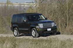 a Jeep Liberty tackles the off-road course at the 2008 edition of AJAC's Testfest