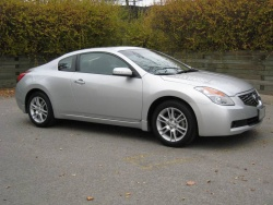 2008 Nissan Altima Coupe 3.5SE