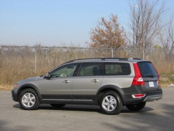 Used Vehicle Review: Volvo XC70, 2008 2012 luxury cars