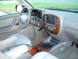 used vehicle review toyota sequoia 2001 2007. Black Bedroom Furniture Sets. Home Design Ideas