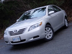 Test Drive: 2008 Toyota Camry Hybrid toyota car test drives hybrids