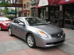 first drive 2008 nissan altima coupe. Black Bedroom Furniture Sets. Home Design Ideas