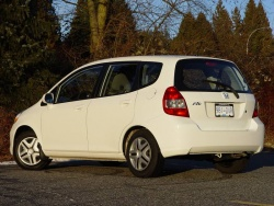 Test Drive: 2008 Honda Fit five speed manual honda