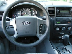 Used Vehicle Review: Kia Sorento, 2003 2009 kia