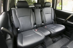 The centre rear seat is removable