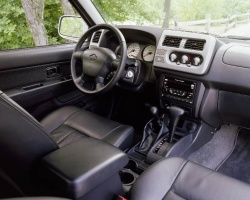 2001 Nissan Frontier Crew Cab SC