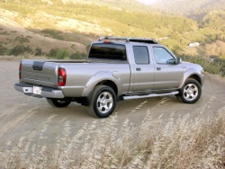 Used Vehicle Review: Nissan Frontier, 1998 2004 used car reviews nissan