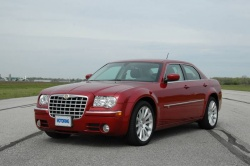 Feature: HEMI versus Hybrid Challenge   Chrysler 300C vs Lexus GS 450h car comparisons
