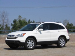 Used Vehicle Review: Honda CR V, 2007 2011 honda