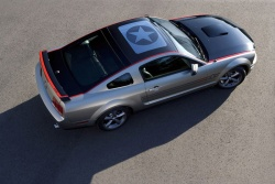 A one-of-a-kind model developed by Ford Racing, the Mustang AV8R, will be unveiled this weekend at an air show in Oshkosh, Wisconsin.