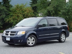Test Drive: 2008 Dodge Caravan SXT with Stow N Go Seats dodge