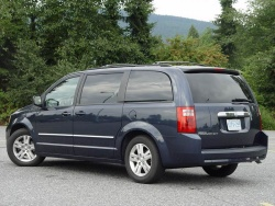 Test Drive: 2008 Dodge Caravan SXT with Stow N Go Seats car test drives dodge