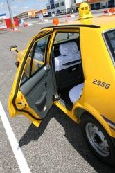 Nissan Taxi (Cedric)