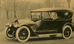 1918 Locomobile