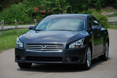 Nissan announces 2009 Maxima pricing general news