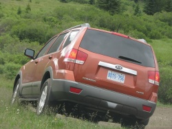 First Drive: 2009 Kia Borrego  kia first drives