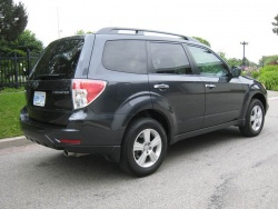 test drive 2009 subaru forester 2 5x touring. Black Bedroom Furniture Sets. Home Design Ideas